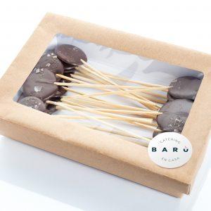 Piruletas de chocolate caja. Postres. Pasteles a domicilio Madrid