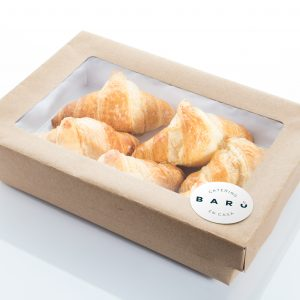 Caja de croissants. Canapés dulces. Bollería casera a domicilio Madrid
